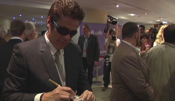 En direct de Cannes : Benicio del Toro tr�s accessible