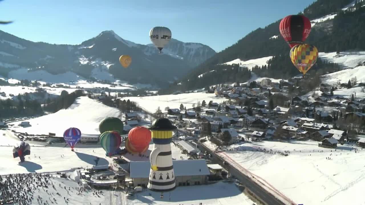 Suisse : les montgolfières envahissent le ciel sous les yeux de 17.000 personnes